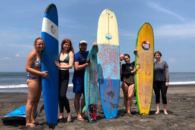 pelan-bali-beginner-intermediate-surf-coaching
