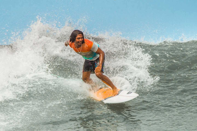 putu-surf-guides