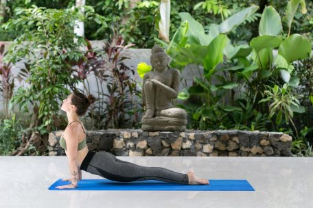 yoga-and-meditation-at-pelan-bali