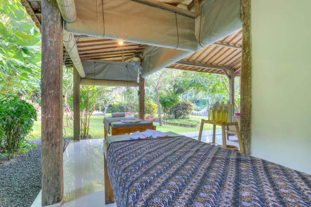 Pelan Bali Surf and Yoga Retreat